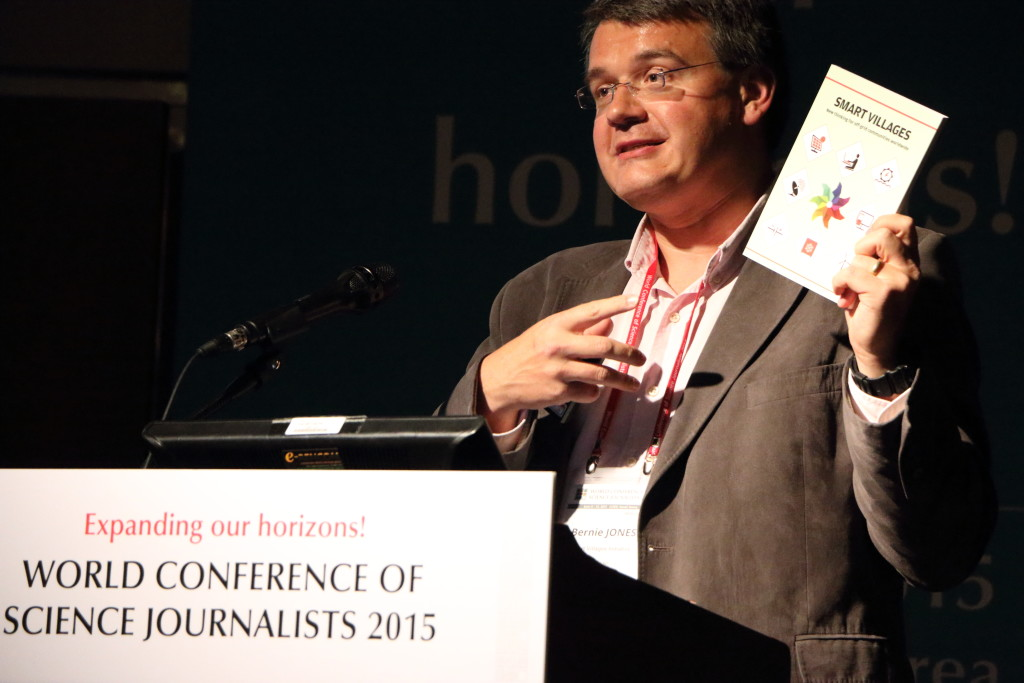 Dr Bernie Jones, project co-leader, launches the book at the World Conference of Science Journalists, Seoul, S Korea, June 2015.