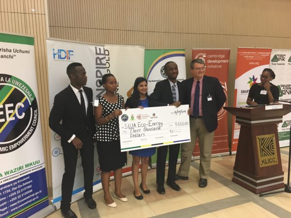 Smart Villages and CDI award winners of the 2016 Energy Innovation Challenge for East Africa